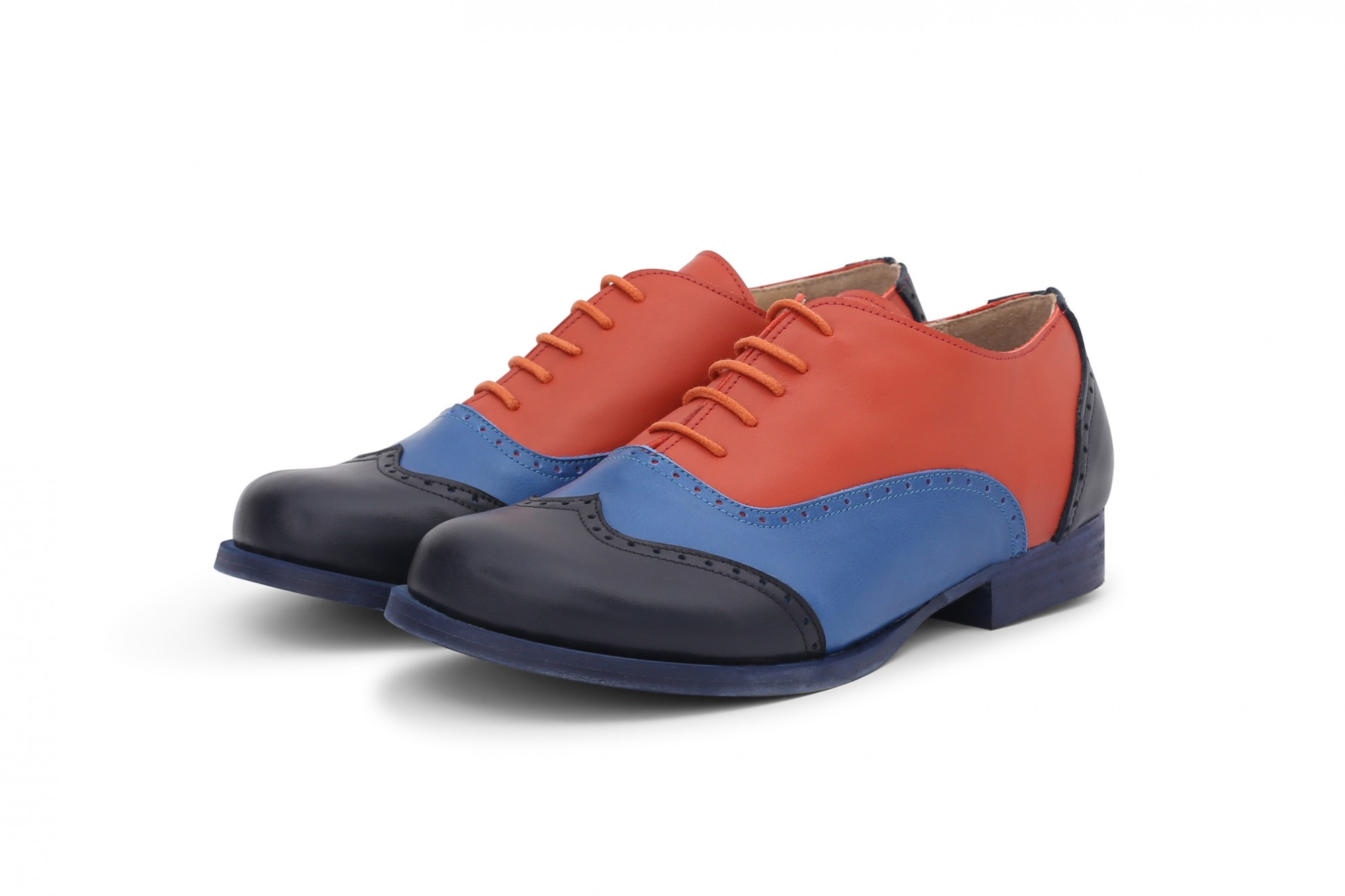 b85c0c4e0f Colorful oxford shoes. Women's oxford shoes in blue and orange leather