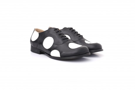 Women's Shoes , Black and white Leather wide polka dots shoes
