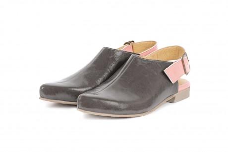 Gray close toe slingbacks