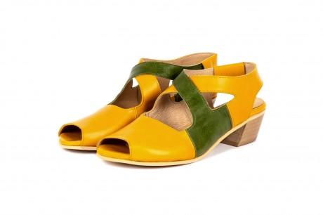 Heeled sandals yellow