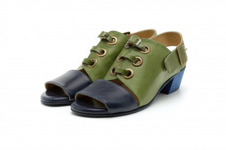 Edgy green leather sandals