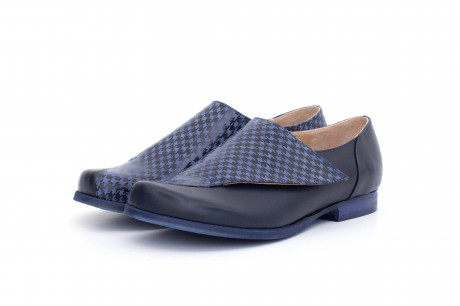 Blue geometric shoes