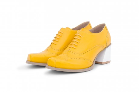 Heel oxford yellow