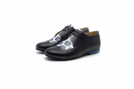 Women's oxford shoes in blue