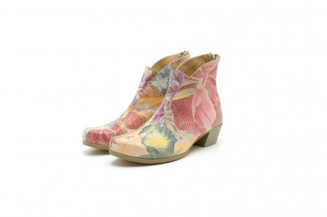 Low heel floral leather boots for women