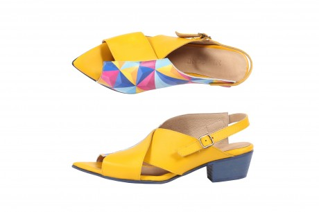 Pointy yellow sandals