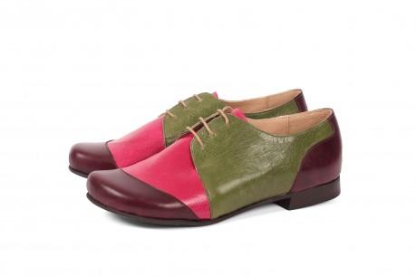 נעלי נשים שטוחות צבעוניות