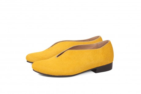 Yellow flat shoes for women by ADIKILAV