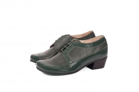 Green women's shoes