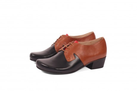 Tow tone heel shoes