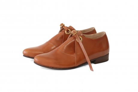 womens pointy shoes brown