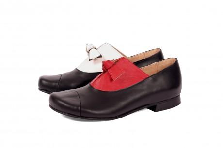 Twins shoes