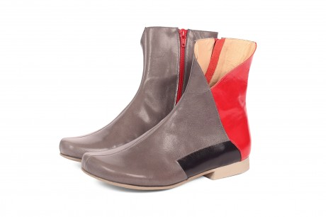 Flat leather mid calf boots