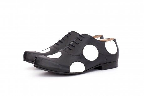 Flat oxford shoes dots